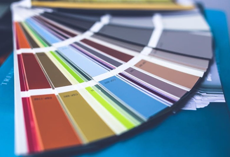 how to choose a color palette for